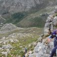 Negotiating a rock band on the north ridge of the Constantiaberg